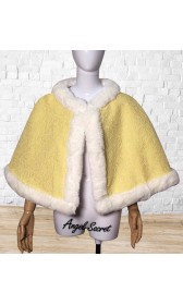 c106 COSPLAY beauty and beast princess belle cape