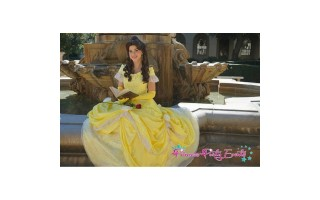 Belle Cosplay Holds the Power to Amaze Everyone